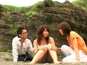 I Flowed to Uninhabited Island. After a plane crash, couple passengers are washed ashore on an uninhabited island. Only 1 man and 3 girls survive and their relationship blossoms as he is the only dick around. Starring Arisa Kanno, Mao Saito and Kaori Hayami. Also check out the Series 2 of this video - click here