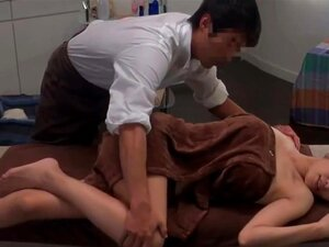 Japanese Oil Massage Salon,