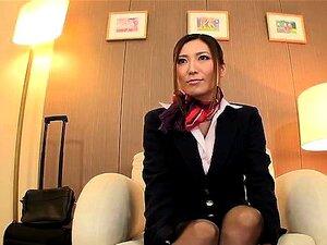 Busty Yuna Shiina gives arousing blowjob