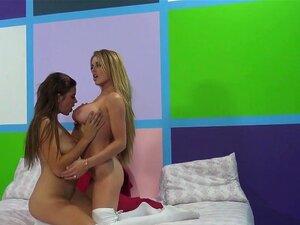 Horny pornstars Corinna Blake, Marina Visconti in Incredible Stockings, Cunnilingus sex scene,