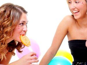 อุปกรณ์เสริมงานปาร์ตี้ Kickass โส รายการ สิ่ง อาหาร ขนม