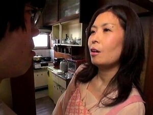 Lustful Oriental mom in stockings gets fucked by her lover