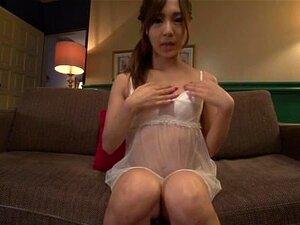 Yukina Momota moans ยากขณะร่วมเพศในนิ้ว