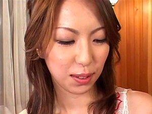 Tomoe Hinatsu knows amazing skills on dick